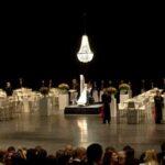 kroonluchterverhuur-kroonluchters-theater-2